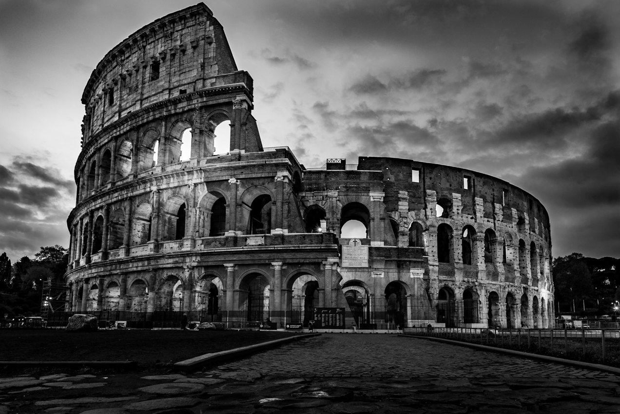 The Female Gladiators – Did they exist?